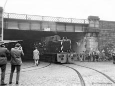 D2420 brings its brake van special onto South College Street 4 Nov 1962, it is the only one of this class to make it into preservation