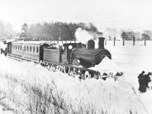 A D41 stands with it's snow clearing special to the west of Murtle station on 30 Dec 1908