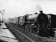 61242 Sir Alexander Reith Gray passes Kintore with the 2.15 Elgin to Aberdeen on 18 Jun 1949