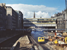 Aberdeen station, north end in 1973 with a Swindon 120 unit heading to Inverness. Thanks to the boys at Bo'ness you can now travel on their superbly restored 126 unit based at the SRPS
