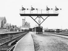 This gantry of platform starters at Fraserburgh replaced a lower quadrant lattice version which had probably succumbed to decades of salty air, the box shut on 27 June 1966