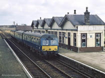 A dual liveried Swindon DMU at Tillynaught with the 8.58 Elgin to Aberdeen service on 13 Apr 1968,